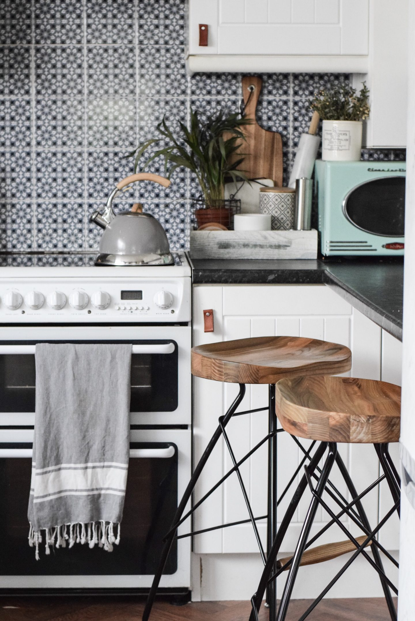 How I updated my rental kitchen…